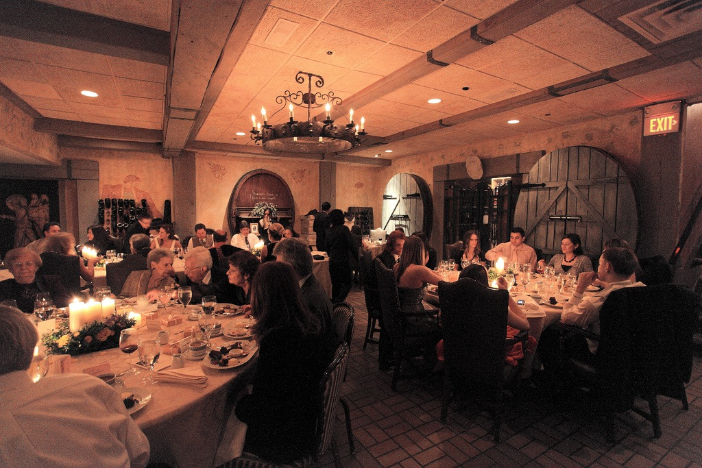 Tips To Transform Your Wedding Reception Space
