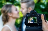 Wedding Photography Tips for Getting Comfortable in Front of the Camera