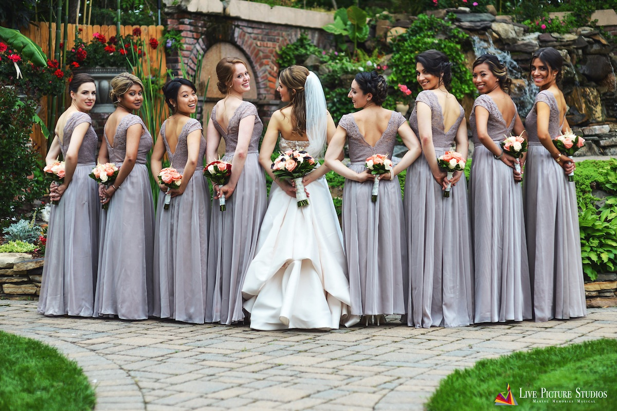 shannon and jonathan � wedding photo highlights from il