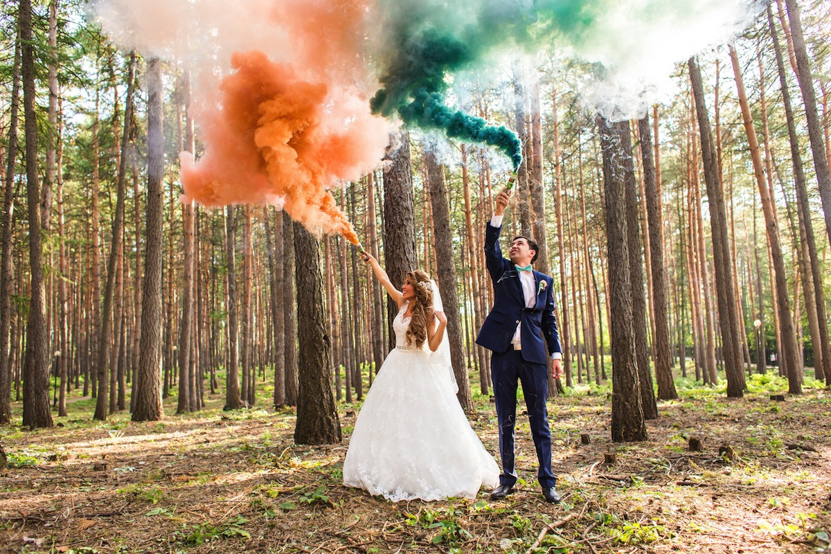 Wedding Photography Trend to Watch: Colored Smoke Bombs!