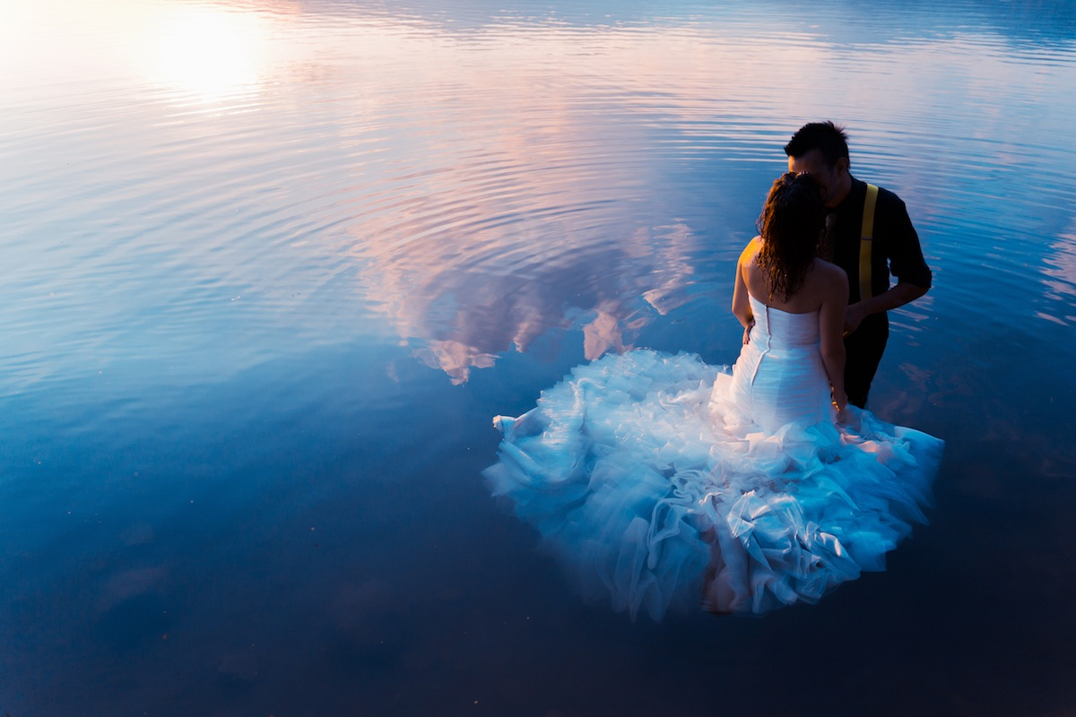 The Ins and Outs of Trash-the-Dress Photos