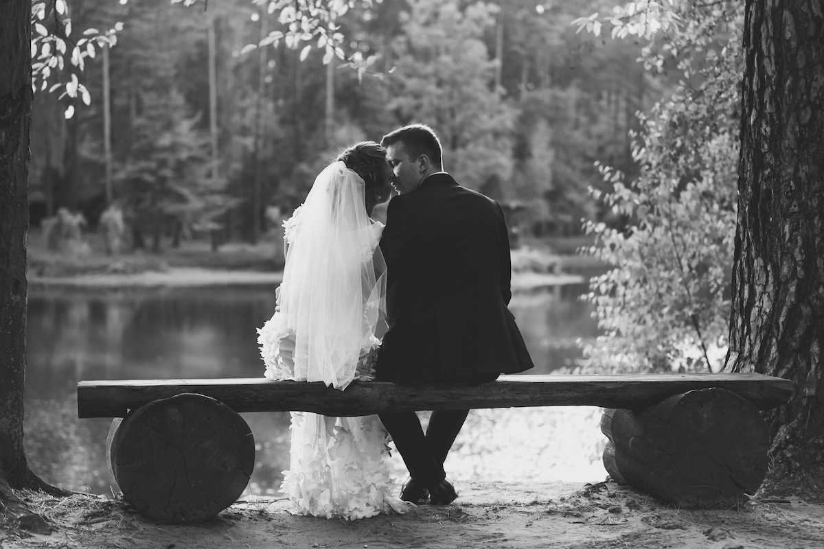 3 Stunning Lakeside Settings for Wedding Photography in NJ