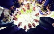 Cool and Creative Group Wedding Photo Ideas