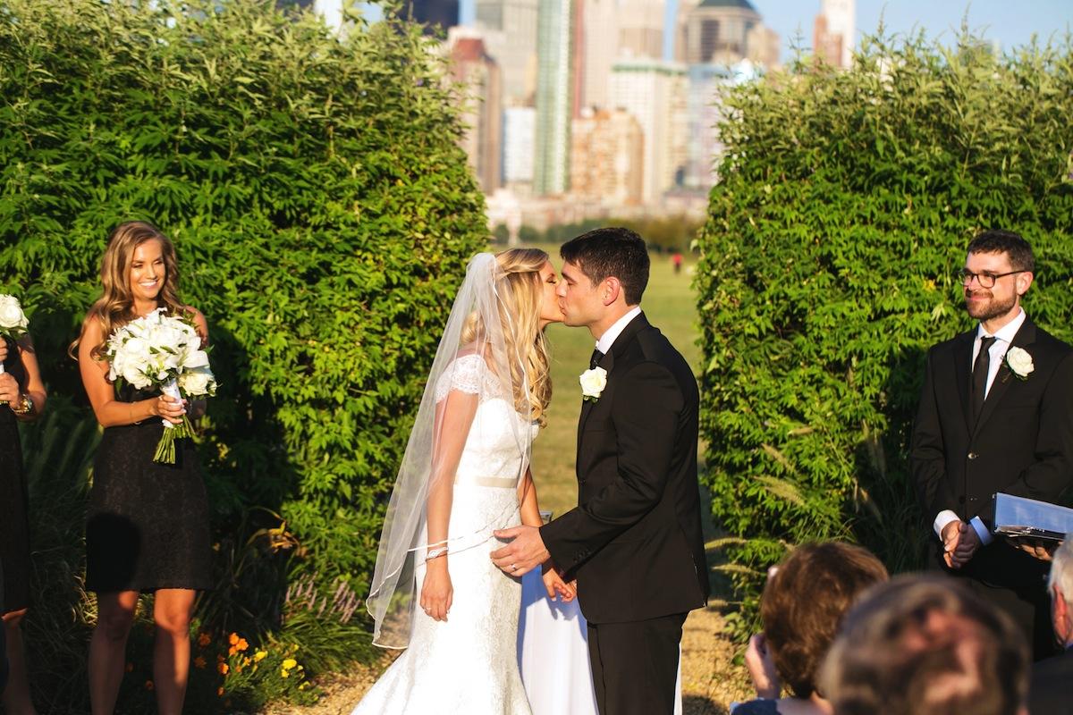 Lindsey roeker wedding