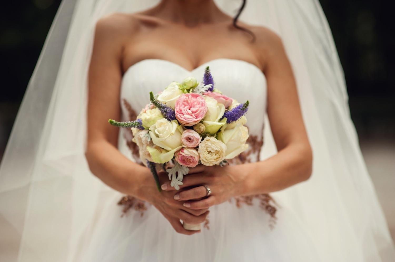bride-bouquet-wedding-ring-ny-nj-photographers