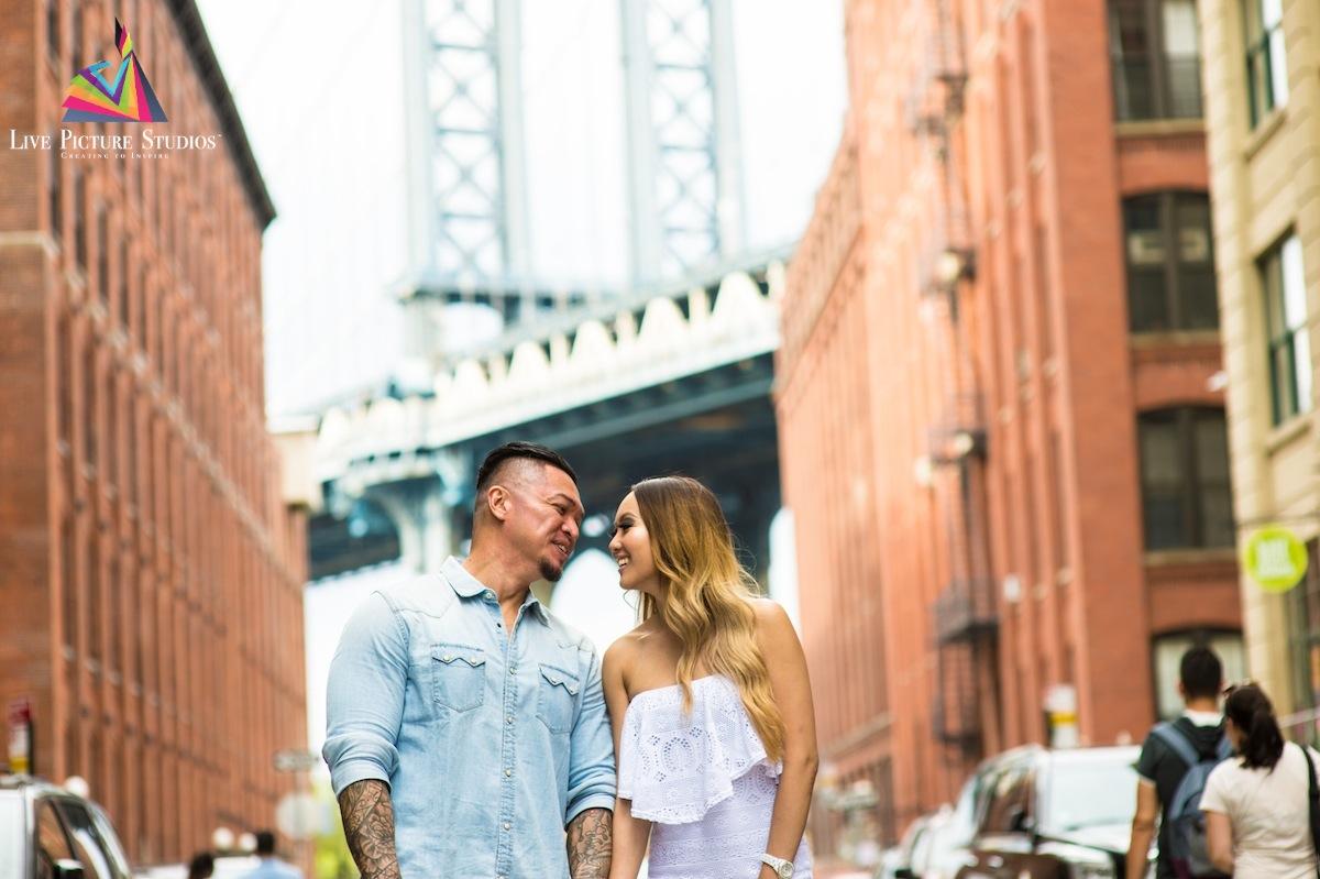 tony-jakki-walk-on-dumbo-wedding-photography-nyc