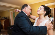 Why Our NJ Wedding Photography Pros Think a First Look with Dad Is a Must-Have