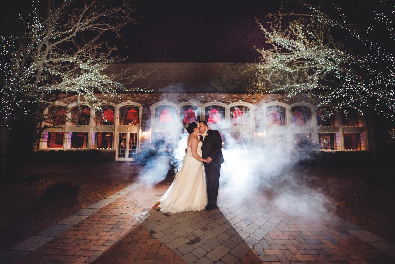 tara-&-richard-kissing-outside-by-smoke-nj-wedding-photography