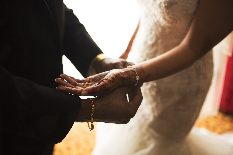 sherry-getting-help-with-bracelet-bride-prep-wedding-photos-nj