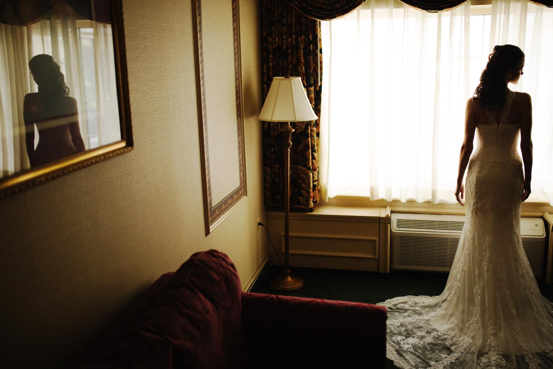 christine-in-wedding-dress-photography-nj