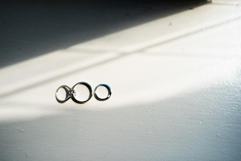 christine&joeys-wedding-rings-nj-photography