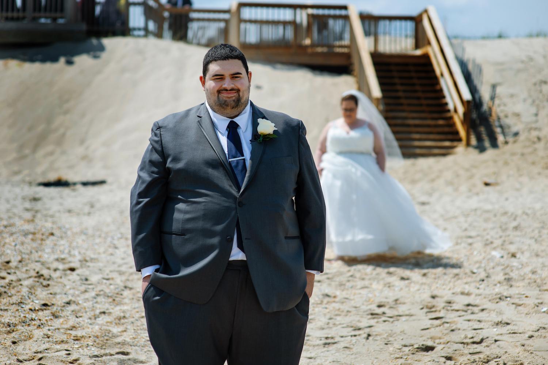 nj-wedding-photographers-alli&mickey-first-look-beach