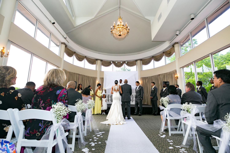 nj-wedding-photographers-kristina&jazz-faher-altar-ceremony