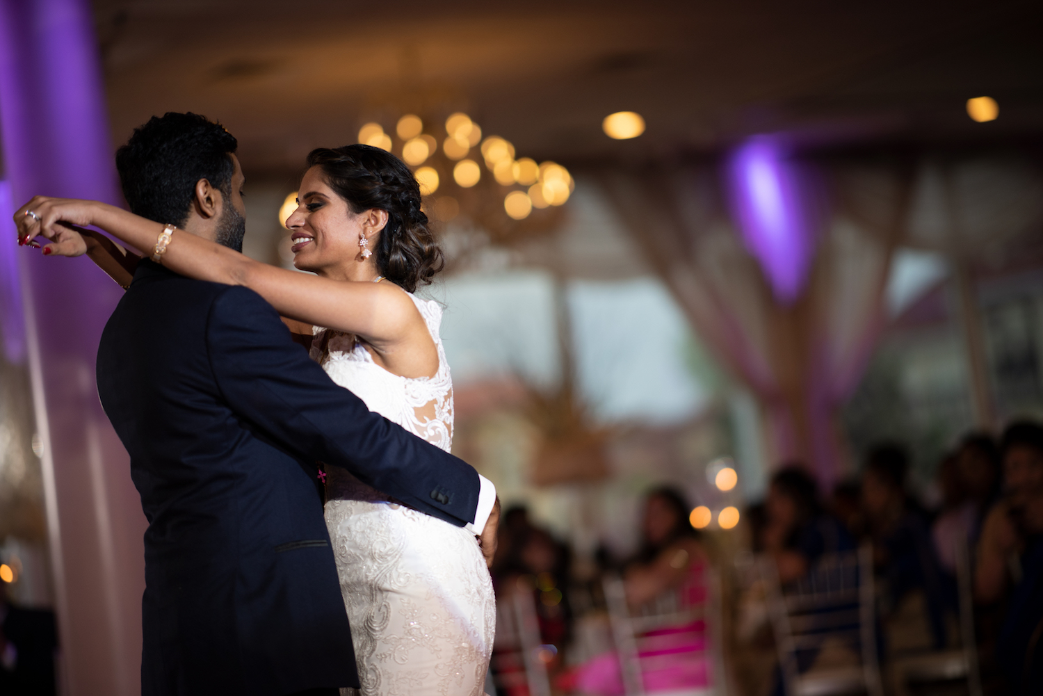 ny-wedding-photographers-neha&binu-first-dance