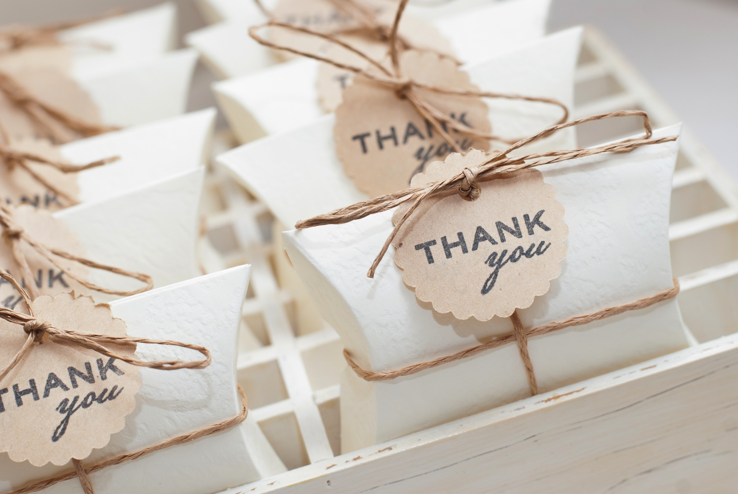 Give Your Wedding Party Gifts That Show Them How Reciated They Are