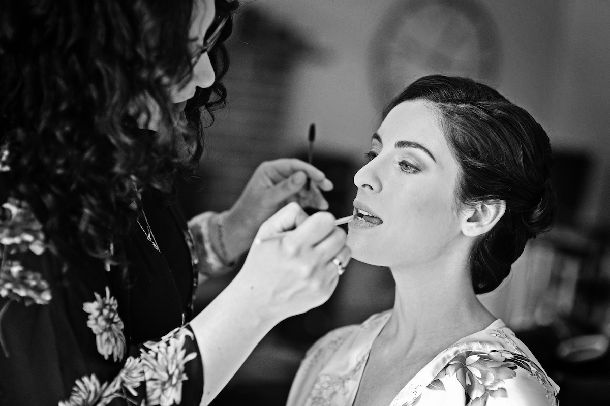 wedding photo ideas for capturing all your hair & makeup hard work